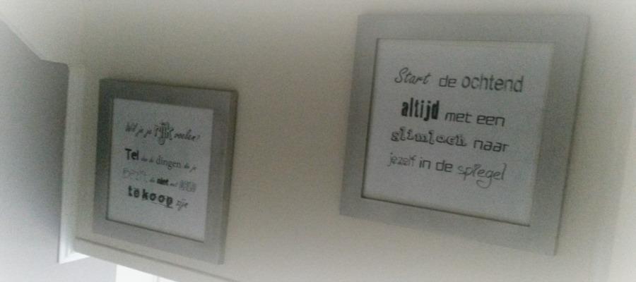 Positieve quotes aan de muur